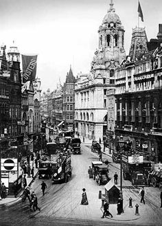Tottenham Court Road, ca. 1910