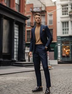 Holiday Party Outfits You'll Love This Season - LLEGANCE 🎅Not sure what to wear to your holiday get-together's this season? Here's an article with outfit inspiration. If you have a casual holiday. Corporate Fashion, Business Fashion, Business Casual Men, Men Casual, Formal Casual Mens, Stylish Men, Holiday Party Outfit, Holiday Parties, Men Party Outfit
