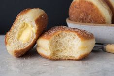 These naturally leavened bomboloni (doughnuts) are incredibly light, slightly crisp, just sweet enough, and delicious. Made only from simple ingredients and a sourdough starter. Sourdough Doughnut Recipe, Sourdough Recipes, Sourdough Bread, Donut Recipes, Baking Recipes, Dessert Recipes, Brunch Recipes, Desserts, Flour Recipes