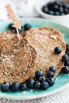 These 4 Ingredient Vegan Banana Oatmeal Pancakes are a quick and easy HEALTHY breakfast recipe, perfect for baby led weaning or toddler finger food. They're eggless, dairy free, full of fibre from the oatmeal and pack a nutritional punch with chia seeds. Perfect for families who want to practice clean eating and start their mornings with a balanced meal.