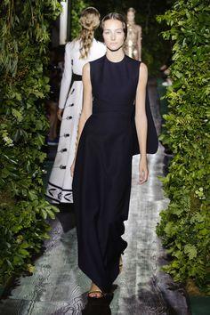 Dress (Valentino)    Scale: 2
