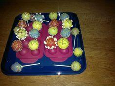 Cakepops om uit te delen op PSZ!
