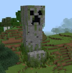 A creeper statue i made on mobile. What do you think? Construction Minecraft, Minecraft Building Guide, Minecraft Statues, Minecraft Plans, Minecraft City, Minecraft Houses Blueprints, Minecraft Tutorial, Minecraft Crafts, Minecraft Buildings