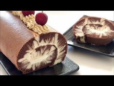 Hurricane Swiss Roll – Just-Simply-Me Food Cakes, My Recipes, Cake Recipes, Cooking Recipes, Chocolate Roll, Chocolate Chips, Nice Cream, Cake Ingredients, Rolls Recipe