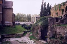 Piazza Augusto Imperatore and Mausoleum of Augustus, with building for Ara Pacis in background, Rome.