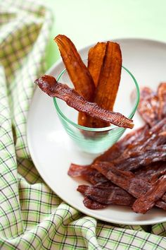 Vegan Bacon, Six Ways. Healthier and tastier alternatives to actual bacon. Vegan Bacon, Six Ways. Healthier and tastier alternatives to actual bacon. Bacon Recipes, Raw Food Recipes, Vegetarian Recipes, Cooking Recipes, Healthy Recipes, Vegetarian Bacon, Carrot Bacon Recipe, Fake Bacon Recipe, Meat Recipes
