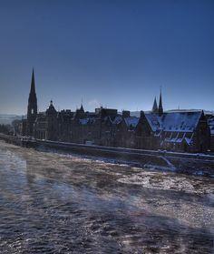 Frozen River Tay, Perth, Scotland - HDR (January 2010)