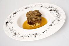 Chef SadlerGuancia di vitello stufata con passato di sedano rapa e tartufo nero di Norcia