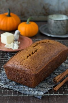 Large loaf of homemade Starbucks Pumpkin Pound Cake on a cooling rack with two cinnamon sticks. Large loaf of homemade Starbucks Pumpkin Pound Cake on a cooling rack with two cinnamon sticks. Banana Bread Recipes, Cake Recipes, Dessert Recipes, Desserts, Healthy Bread Recipes, Yummy Recipes, Recipies, Yummy Food, Starbucks Pumpkin Bread
