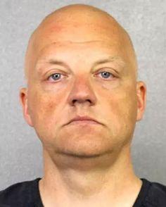 FBI arrests Volkswagen executive Oliver Schmidt for fraud over Dieselgate emissions scandal