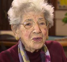 La educadora y profesora de matemáticas Madeline Scotto (1914-2015) nació un 16 de octubre.
