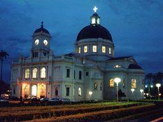Igreja Matriz Bom Jesus da Cana Verde - porta dos fundos, Batatais-SP.