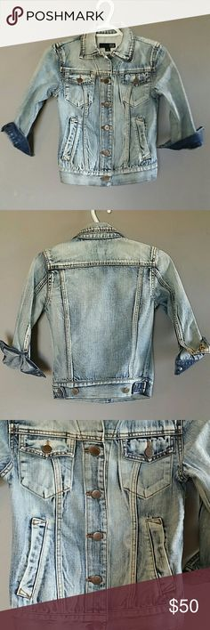 Cropped 3/4 Acid Washed Jean Jacket David Kahn New Fitted Cropped 3/4 Arm Length Jean Jacket , gold embellishments and threading. Great to pair with dresses and rompers! Got at Nordstrom Rack! Fits like an xs, but does say small! David Kahn. David Kahn Jackets & Coats Jean Jackets