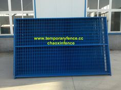 Materials:High quality mild steel wire  Application:  1. Temporary fence to secure construction sites and private property.  2. Temporary fencing of residential housing sites.  3 Temporary fencing major public. events, sports, concerts, festivals, gatherings etc.  4.Portable fencing of school sites and market.  Temporary fence Features:  Complete se with base and top clips.Cold galvanized and powder coated .5-year warranty.  Hot galvanized with 8-year warranty.