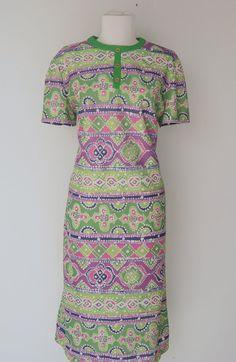 Vintage Double Knit Shift Dress by hipandvintage on Etsy