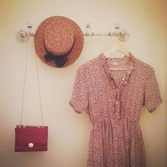 .dress. to. impress. bag and hat.