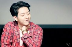 His smile ogh oppa JungShin