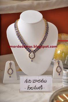 India Jewelry, Gold Jewelry, Jewelery, Diamond Pendant Necklace, Gold Necklace, Silver Diamonds, Necklace Designs, Jewelry Collection, Jewelry Design