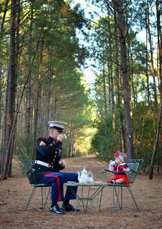 Swansboro NC Children's Photographer-Swansboro NC Children's Photographer A Marine and his daughter having tea! Newborn Photography, Family Photography, Funny Photography, Photography Tea, Military Photos, Military Baby Pictures, Usa Tumblr, Military Life, Photographing Kids