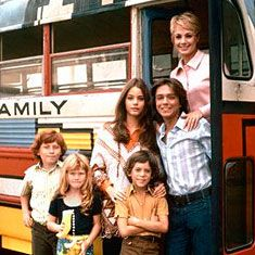 """""""The Partridge Family"""" Susan Dey, Danny Bonaduce, David Cassidy & Shirley Jones I loved this show! Photo Vintage, Vintage Tv, Easy Listening, Best Memories, Childhood Memories, 1970s Childhood, Danny Bonaduce, Mejores Series Tv, Classic Hollywood"""