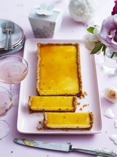 Afternoon tea or dessert? The choice is yours – but you'll definitely want to try this flavoursome passionfruit and apricot tart. Tart Recipes, Sweet Recipes, Baking Recipes, Baking Desserts, Fruit Custard, Custard Tart, Pie Dessert, Dessert Recipes, Apricot Tart