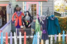 Cambria, CA Scarecrow Festival 2015 brought to you by The Busy Woman.