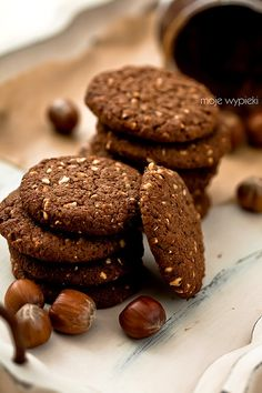 Wholemeal biscuits with nutella and hazelnuts