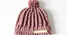 Crochet baby hat pattern with cables Source by Crochet Baby Hat Patterns, Crochet Baby Hats, Crochet Beanie, Crochet Clothes, Knitted Hats, Crochet Girls, Crochet For Kids, Diy Crochet, Baby Boutique Clothing