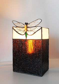 Dragonfly. Tiffany table lamp. Stained glass lamp. by artsmil