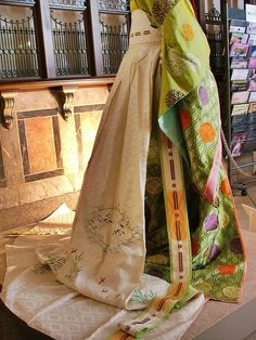 Kimono / 女房装束の裳
