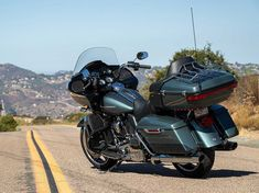 2020 Harley-Davidson Road Glide CVO Limited Review | Motorbike Cruiser #harleydavidsonroadglidecustom #harleydavidsonroadglide2017 #harleydavidsonroadglidespecial #harleydavidsonroadglidebaggers #harleydavidsonroadglideblack #harleydavidsonroadglide2018 Triumph Motorcycles, Harley Davidson Motorcycles, West Coast Choppers, Road King, Ducati, Mopar, Motocross, Lamborghini, Road Glide Special