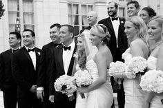 Bridal Party photo at Rosecliff in Newport Rhode Island.  Newport Wedding at Rosecliff Mansion, photos by Roxana Perdue for Brian Phillips Photography, Newport Wedding Photographer, Summer Wedding, #RosecliffWedding #SummerWedding #NewportWeddingPhotographer #NewportWedding