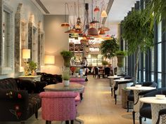 The-Ultimate-Guide-The-Best-Hotels-in-London-During-100-Design The-Ultimate-Guide-The-Best-Hotels-in-London-During-100-Design