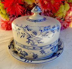 Beautiful Antique Furnivals English Ironstone Cheese Dome Keeper ~ Blue Onion