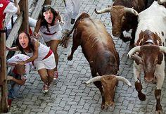 Por los pelos #sanfermin #uvasconv #uvasconuve #pamplona #run #7dejulio #bullring #plazadetoros #estafeta #iruña #july #europe #tradition