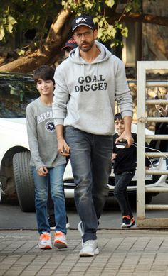 Entertainment Discover Hrithik sported a casual look in a grey hoodie and denims. Bollywood Stars Bollywood Fashion Hrithik Roshan Hairstyle How To Wear Denim Jacket Indian Actress Images Bollywood Pictures Famous Celebrities Celebs In And Out Movie Bollywood Stars, Bollywood Fashion, Indian Celebrities, Famous Celebrities, Celebs, Hrithik Roshan Hairstyle, How To Wear Denim Jacket, Indian Male Model, Indian Actress Images