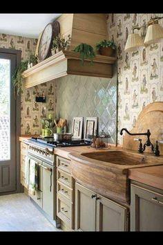 Wood farmhouse sink