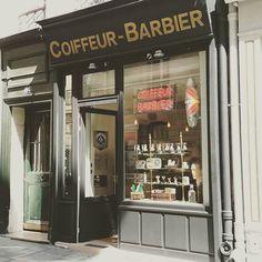 Article sur le barbershop Les Mauvais Garçons sur www.chazster.com --------- #barbershop #barber #beard #mens #gentleman #menblog #justformen #beauty #goodtime #paris #ilesaintlouis by chazsterhd