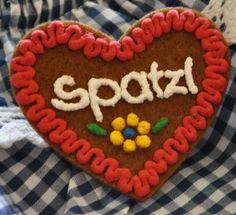 Filzherz mit Namen Spatzl, Lebkuchen Herz, Trachtenschmuck für Dirndl und Lederhosen