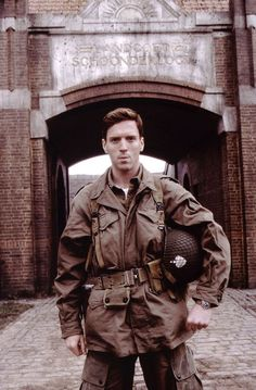 Damian Lewis- band of brothers, exact same spot as Dick Winters himself stood only 64 years before. The perfect man Damian Lewis, Winters Band Of Brothers, Company Of Heroes, 101st Airborne Division, War Film, Tom Hanks, Favorite Tv Shows, Movies And Tv Shows, Band Of Brothers