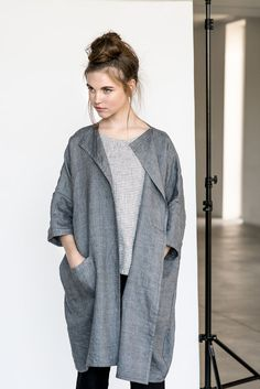 Washed and soft linen - wool blend kimono/cardigan. +++++++++++++++++++++++++++++++++++++++++++++++++++++++++++++++++++ WHAT MAKES YOUR ITEM SPECIAL Our items are handmade in small studio in small quantities of washed linen fabric, specially woven for us by our local linen manufacturers. The procedure of making these items takes time and effort, cause the items are double washed once they are made. Only after such process we reach extra softness and natural wrinkles. ++++++++++++++++++...