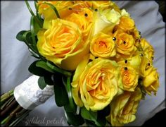 gilded petals yellow rose bridal bouquet with navy bling