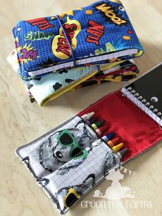 This item is unavailable Crayon Roll Kids Art Set Kids Drawing Set Crayon Holder Crayon Roll, Crayon Holder, Pencil Holder, Childrens Art Set, Diy Cadeau Noel, Art Sets For Kids, Diy Stockings, Costura Diy, Beginner Sewing Projects
