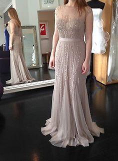 Pronovias Abendkleid Tarbet http://www.wunsch-brautkleid.de/Hochzeitskleid-Pronovias-Beige-groesse-38-Neuware-fuer-800euro-4994.html
