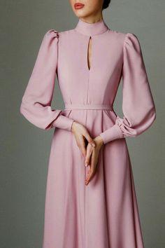 Stylish Dresses, Simple Dresses, Elegant Dresses, Pretty Dresses, Vintage Dresses, Beautiful Dresses, Fashion Dresses, 90s Fashion, Fashion Trends