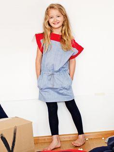 burda style - Schnittmuster für Kinder - Gerades Kleid mit Tunnelzug in der Taille und angesetzten Blenden, Foto: Benjamin Schmidt