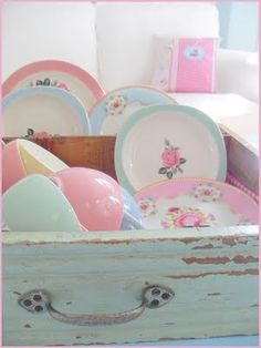 ☼Eclectic collection of pretty groupings of household or outdoor items.....or anything, really!