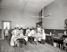"""ORIGINAL PINNER SAYS: An operation in So interesting to see the cone for anesthetic over the patient's face. New York circa """"Operating room, Brooklyn Navy Yard Hospital. Brooklyn, Shorpy Historical Photos, Vintage Medical, Vintage Nurse, Medical History, Thing 1, Photo Archive, Old And New, Surgery"""