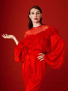 Carice van Houten for Elle Mode Editorials, Online Collections, Basic Style, Fashion Colours, Daily Fashion, Fashion Basics, Celebrity Pictures, Editorial Fashion, Game Of Thrones