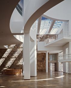 AD Classics: Getty Center,Courtesy of richard meier & partners architects © scott frances esto